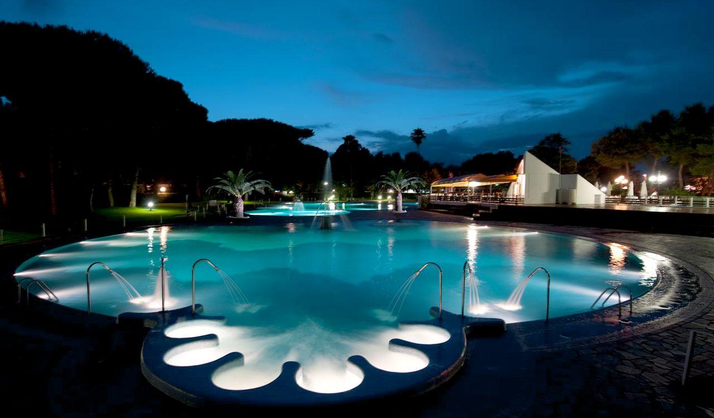 Campeggio con piscina Campania