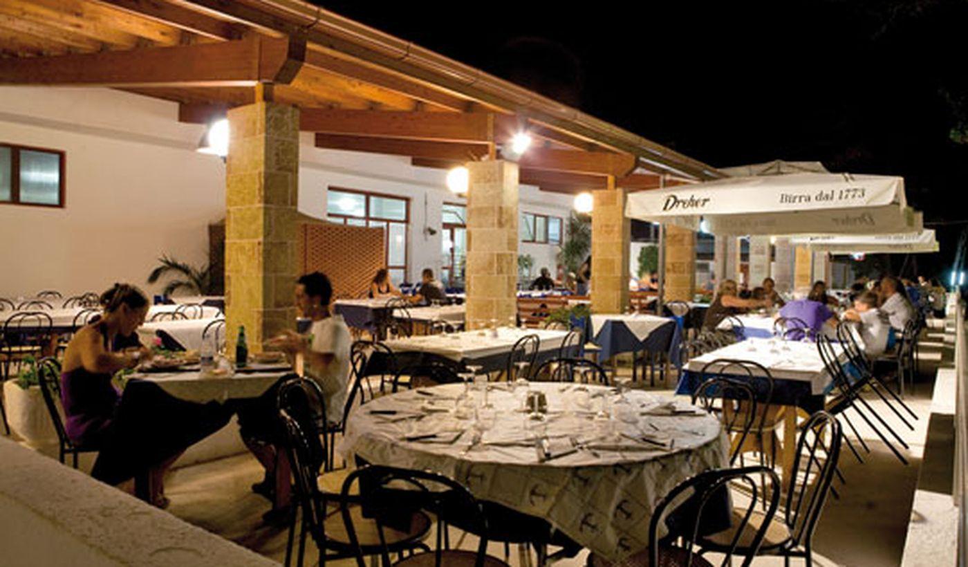 Centro vacacional con restaurante