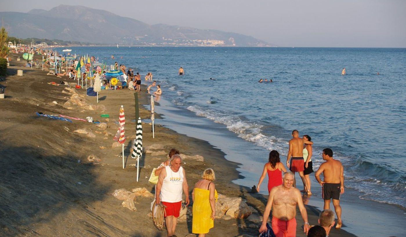 La spiaggia del camping village