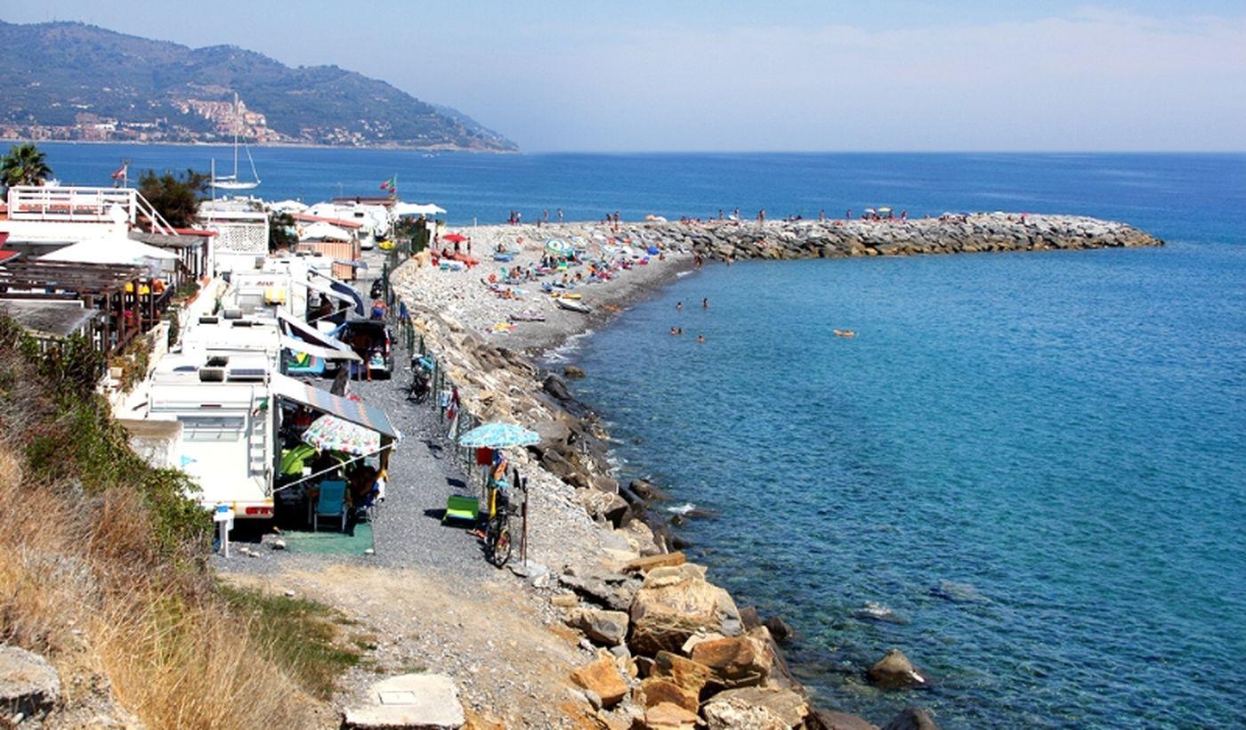 Meer in Diano Marina, Ligurien
