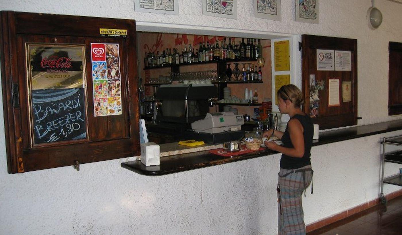 Campeggio con Bar