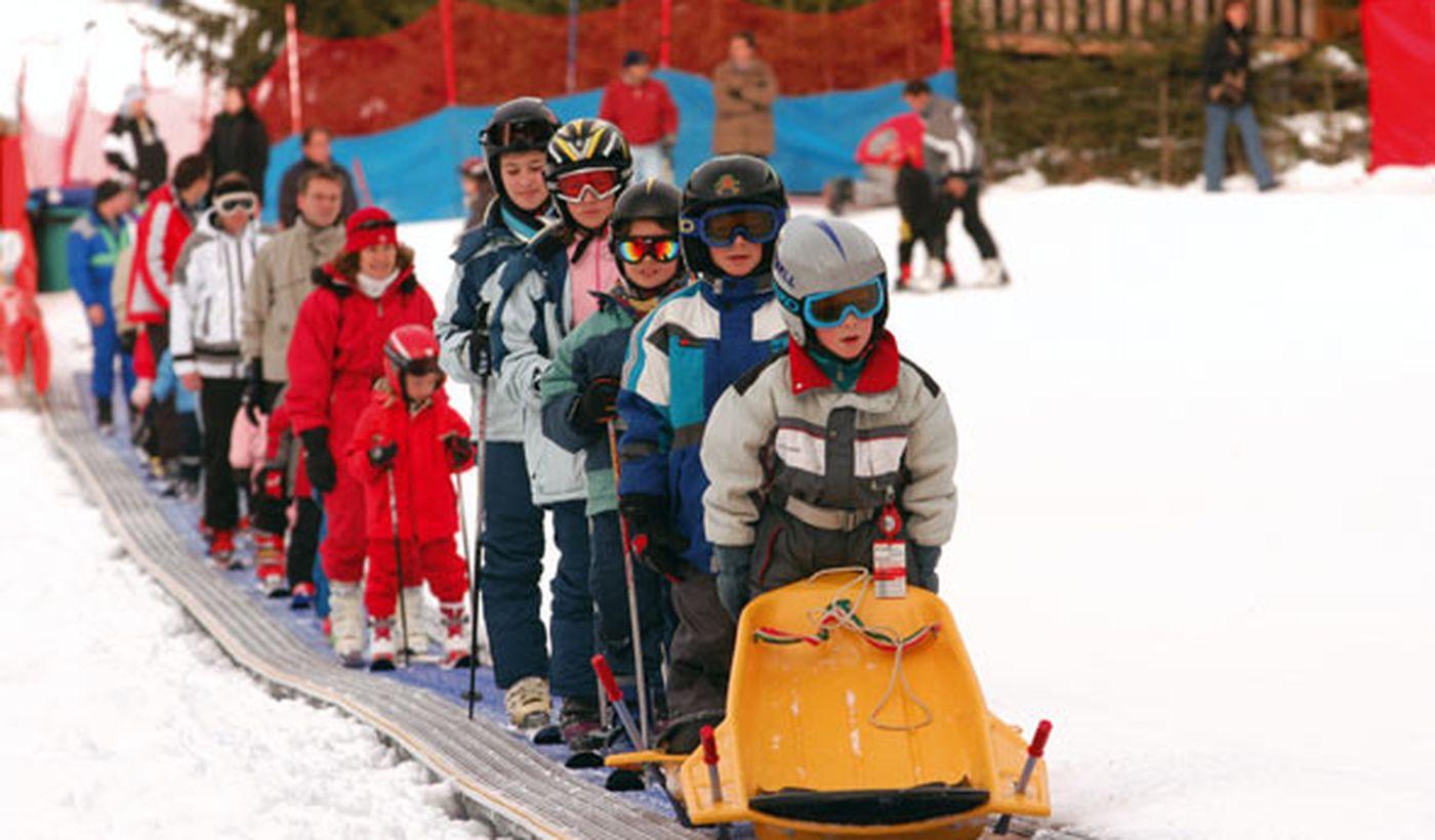 Ski für Kinder in den Dolomiten