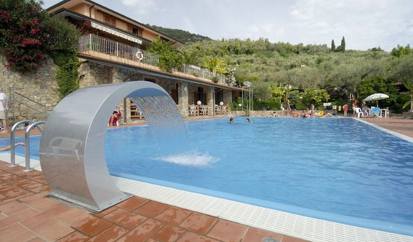 Camping in Liguria con Piscina