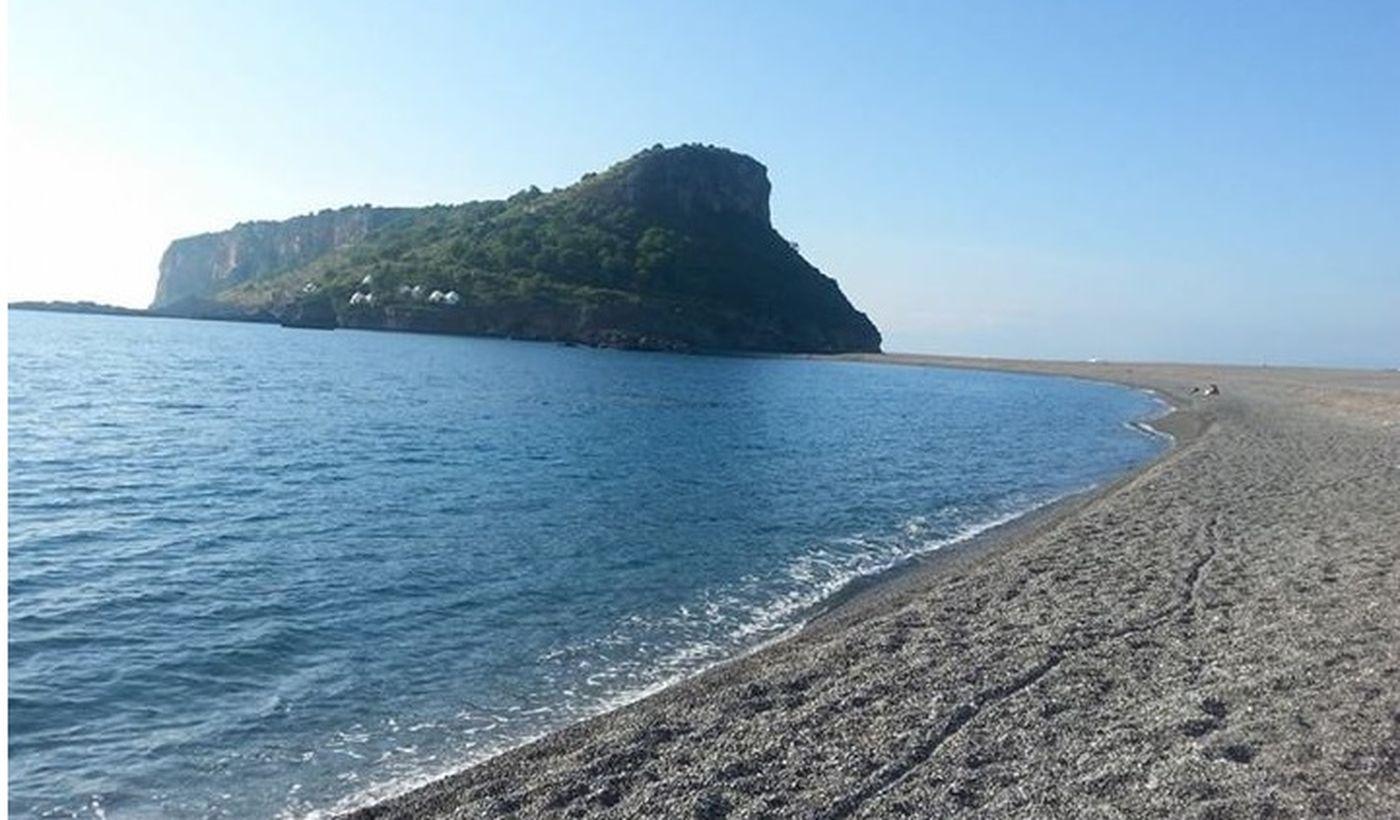 Der Strand von Praia a Mare