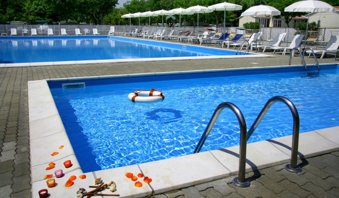 Camping con piscina a Pinarella di Cervia
