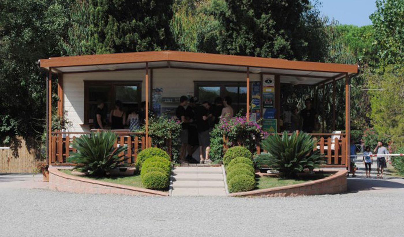 Der Eingang des Camping Village