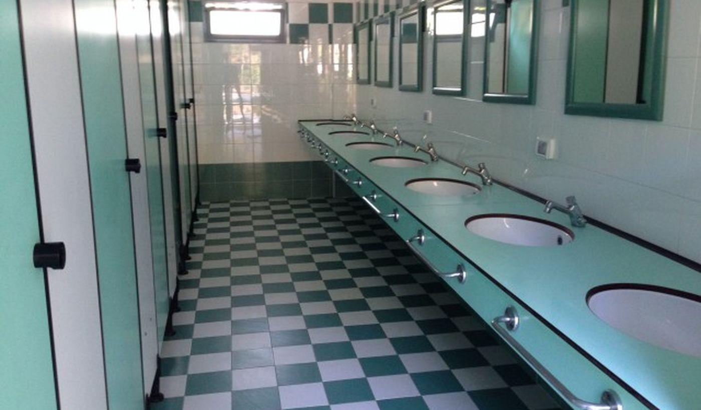 Die Toiletten im Camping Village