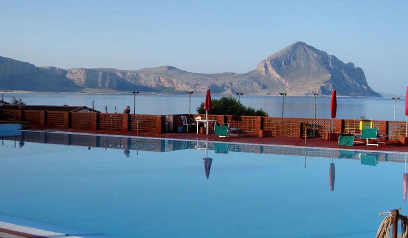 Camping Village con piscina en Sicilia
