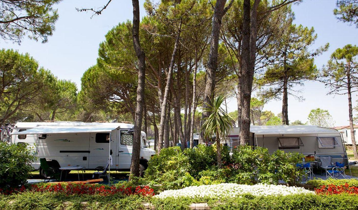 Camping con piazzole per roulotte