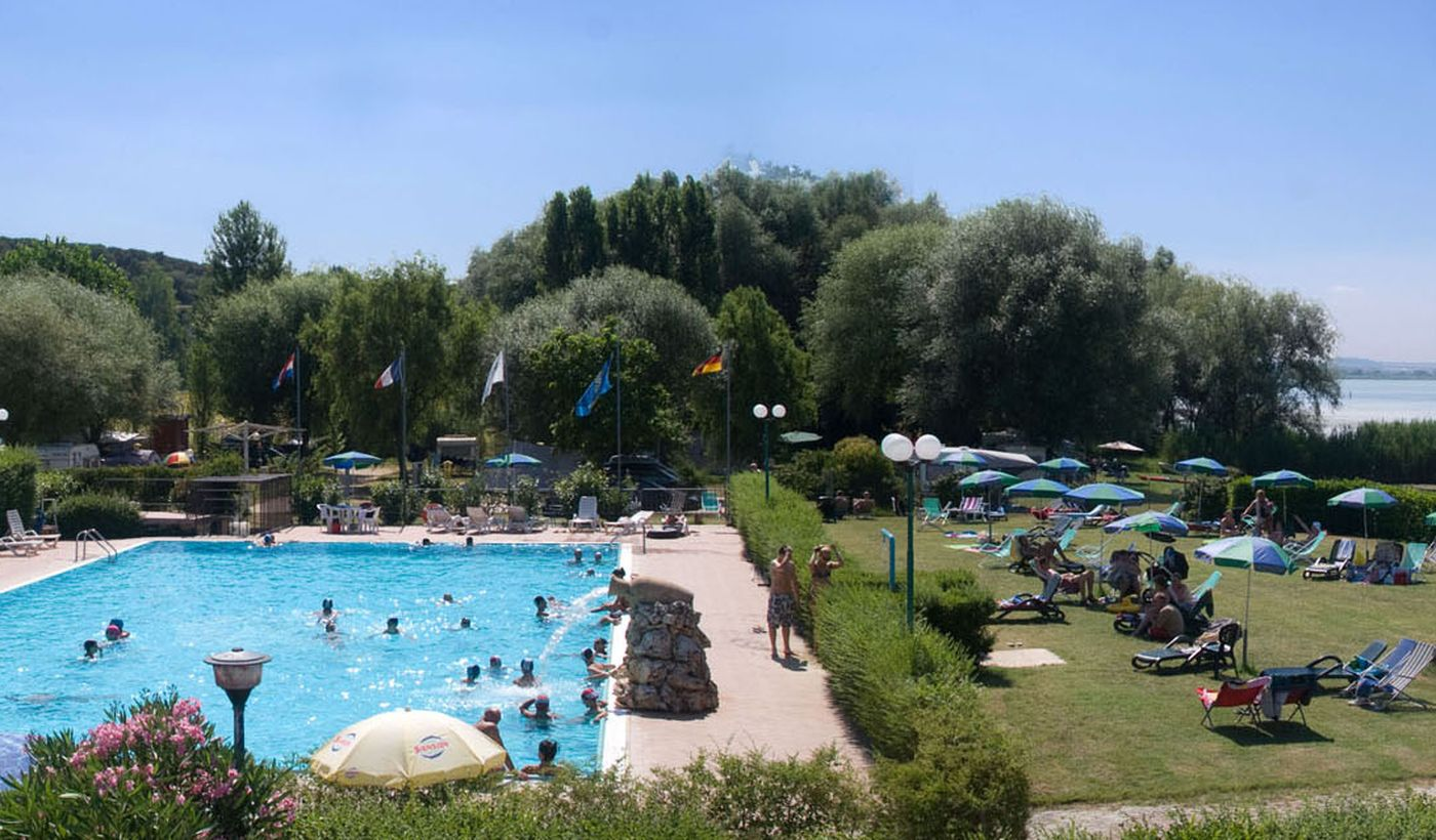Camping con Piscina in Umbria
