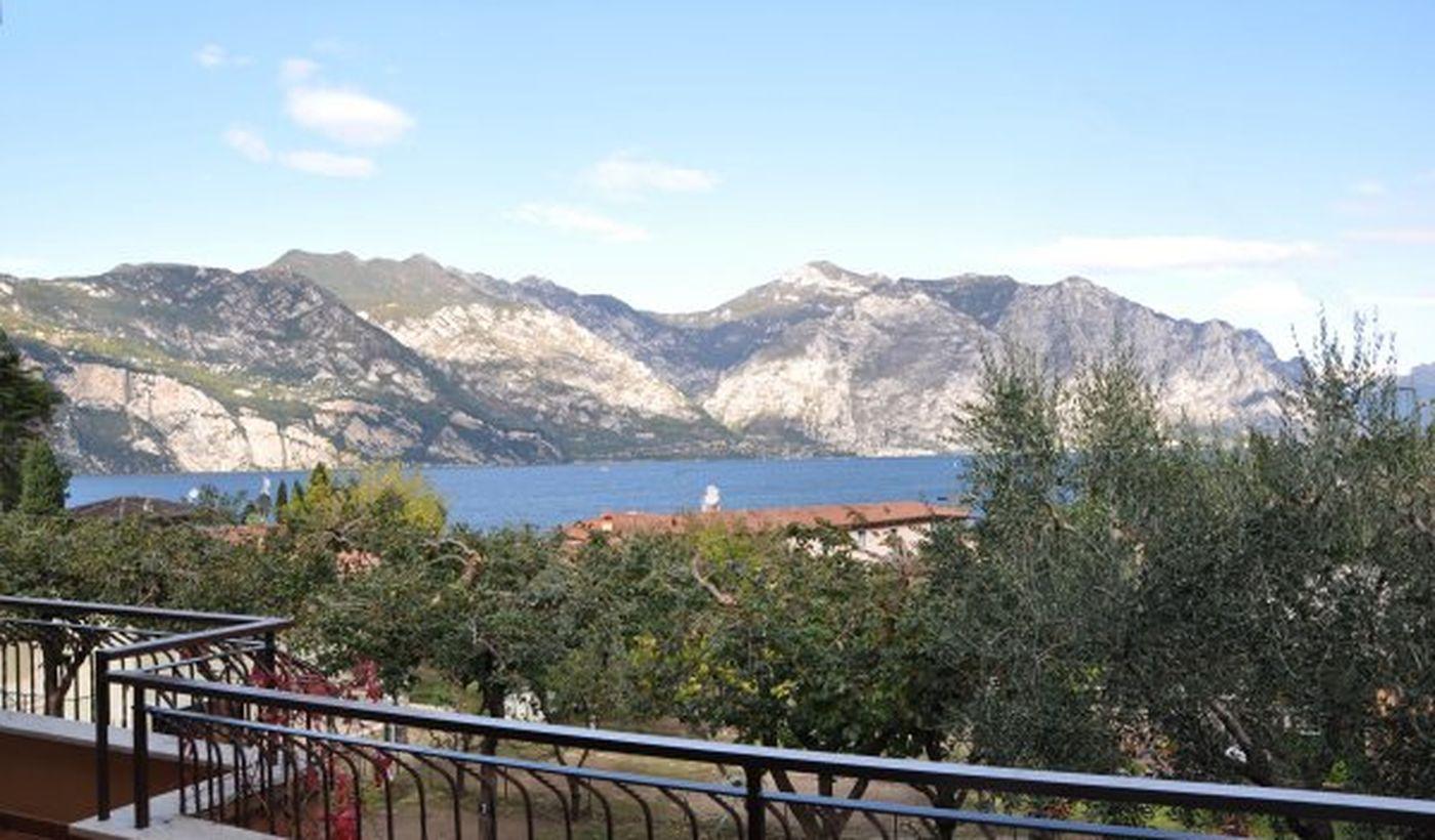 Tourist Village on the Lake Garda