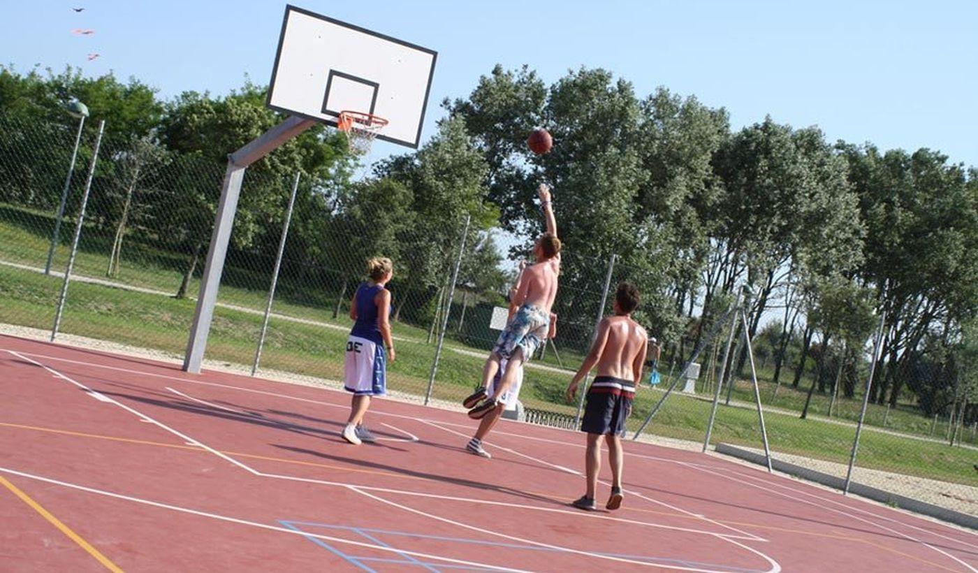 Basketball Feld