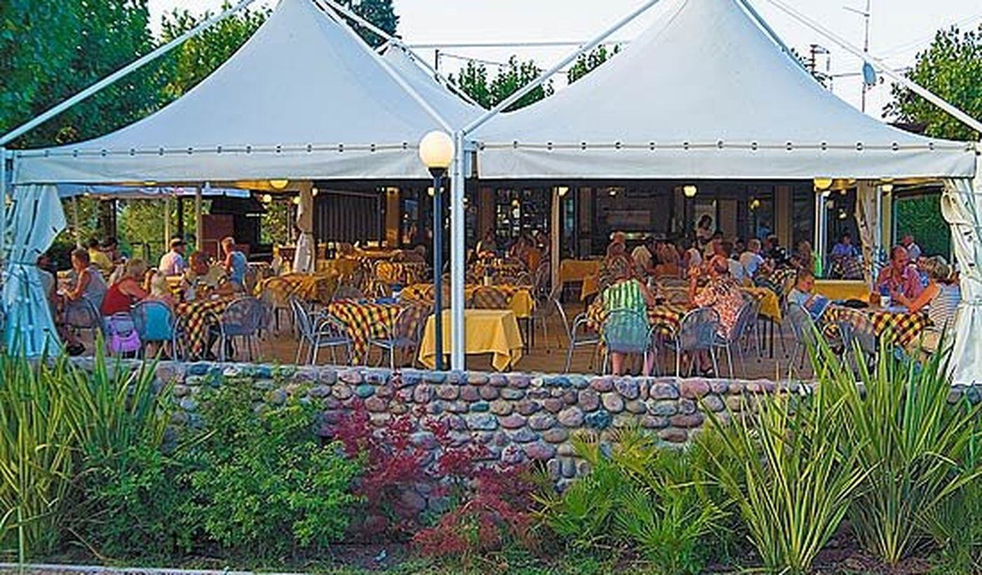 Camping with restaurant