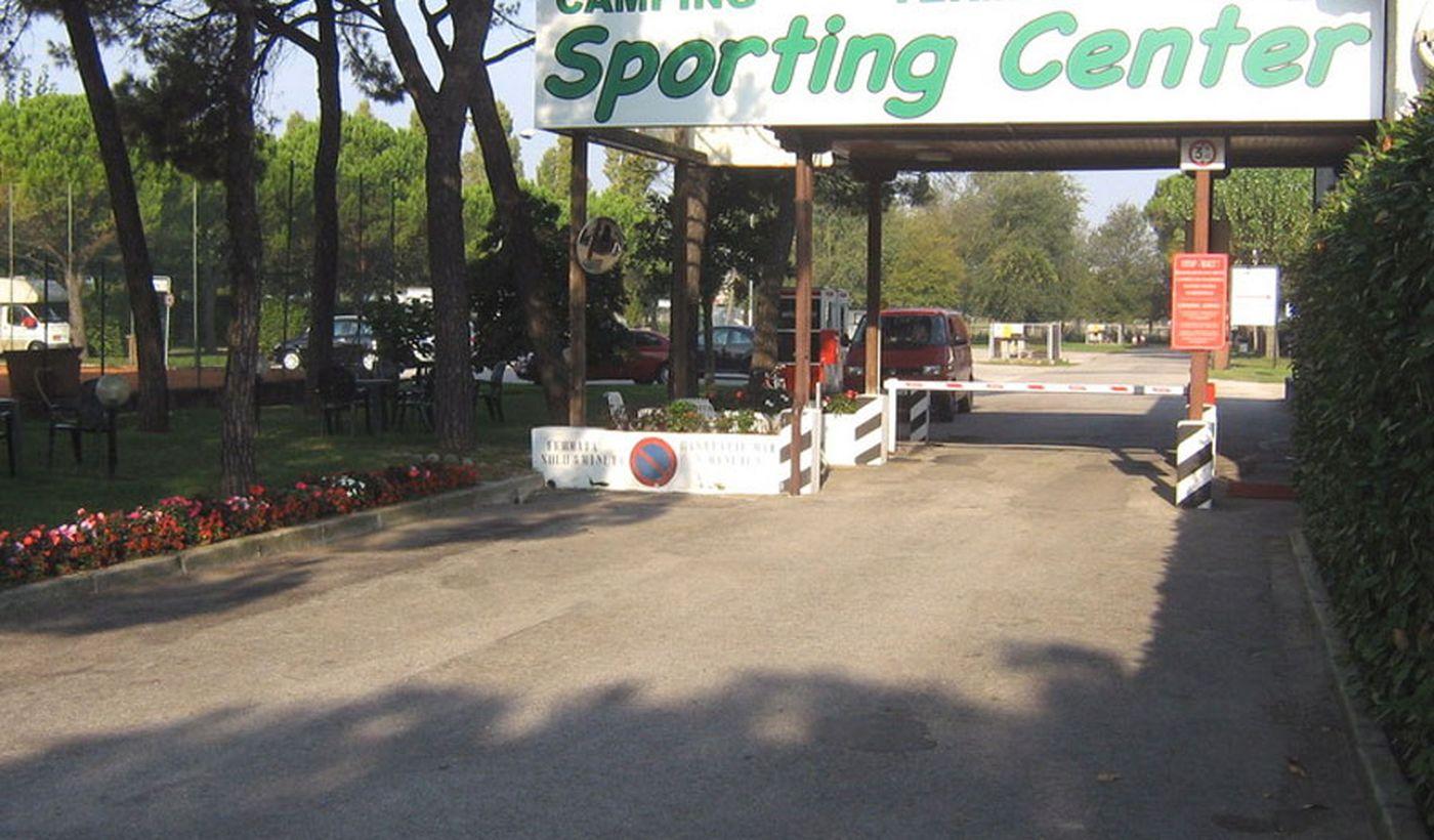 L'ingresso dello Sporting Center