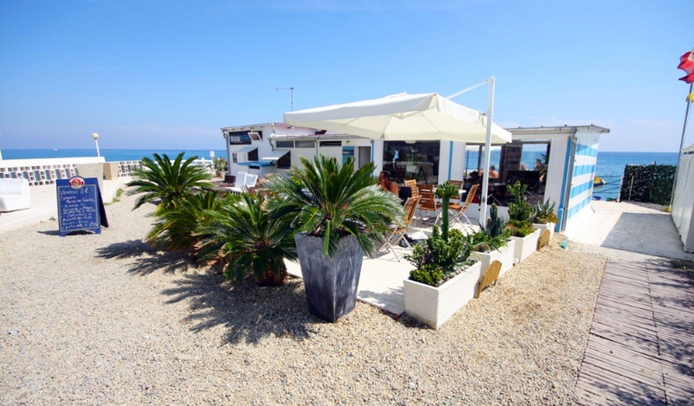 Der Strand des Parco Vacanze Angolo di Sogno