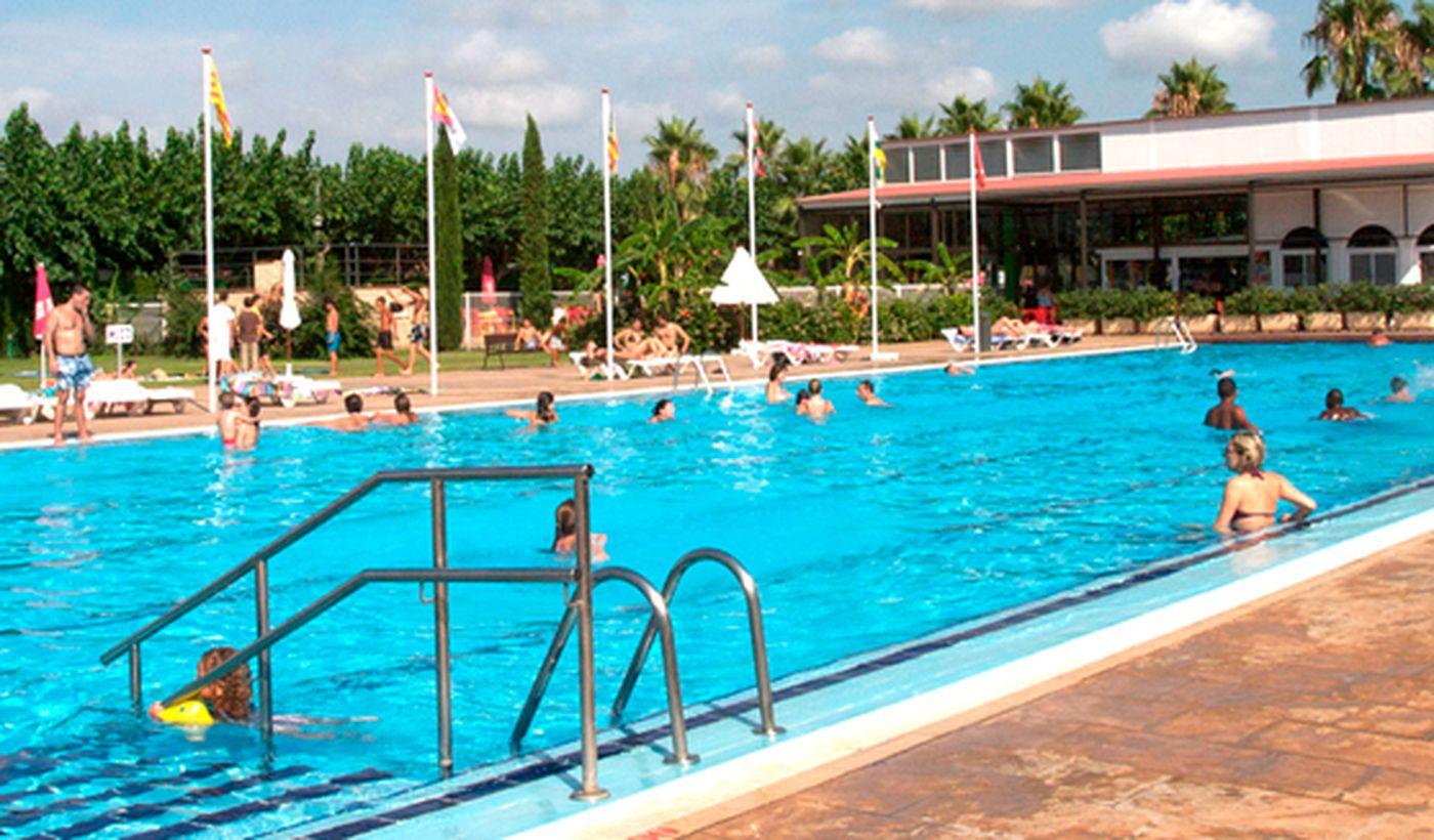 Camping Village con piscina en Cambrils, España