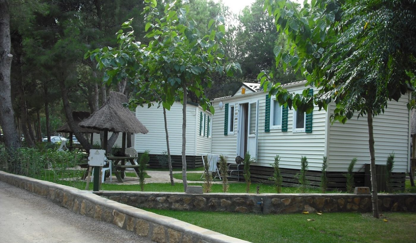 Camping Naturista con Case Mobili a L'Hospitalet de l'Infant
