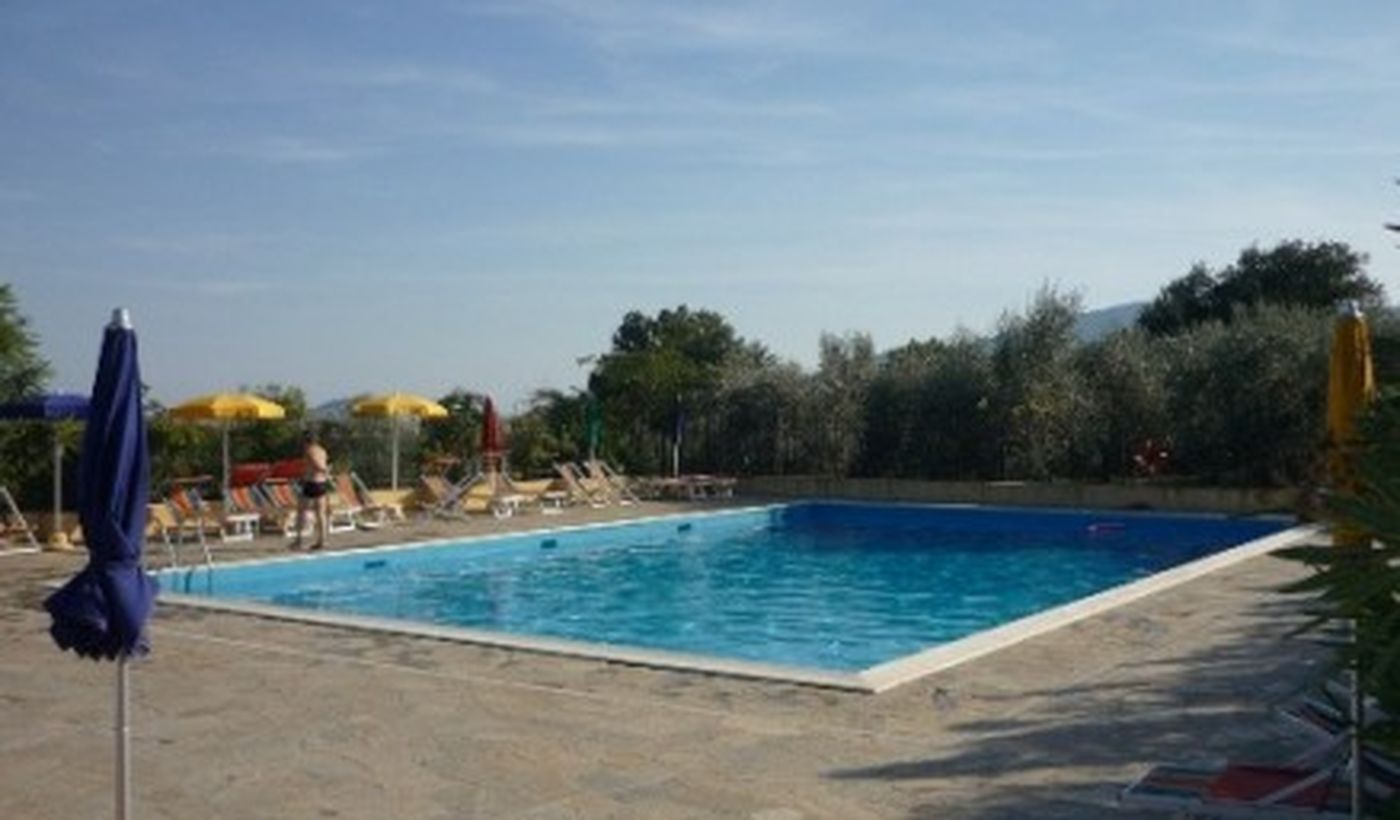 Camping mit Pool in Albenga, Ligurien