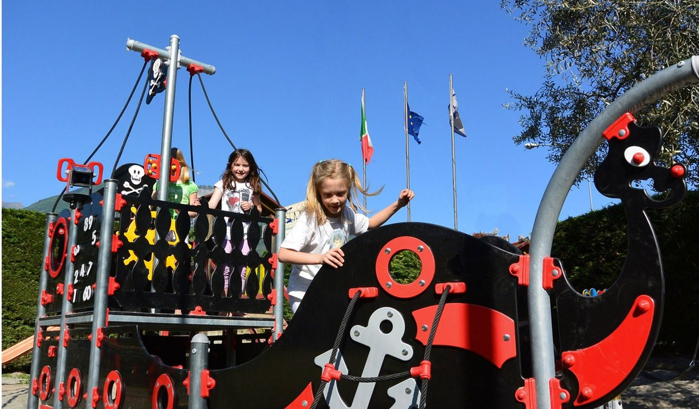 Camping with Playground for Children on Lake Garda