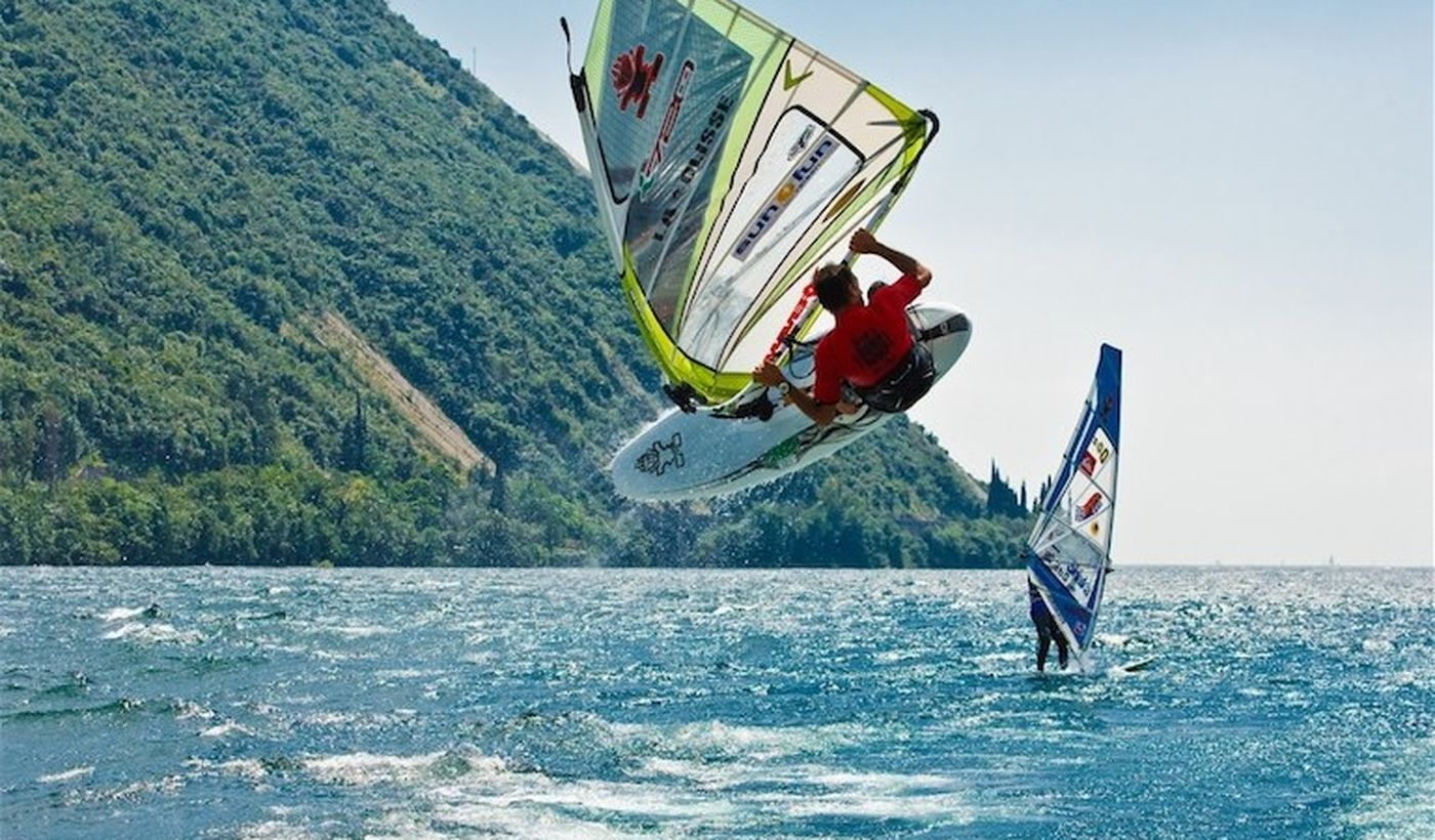 Camping with Windsurf School on Lake Garda