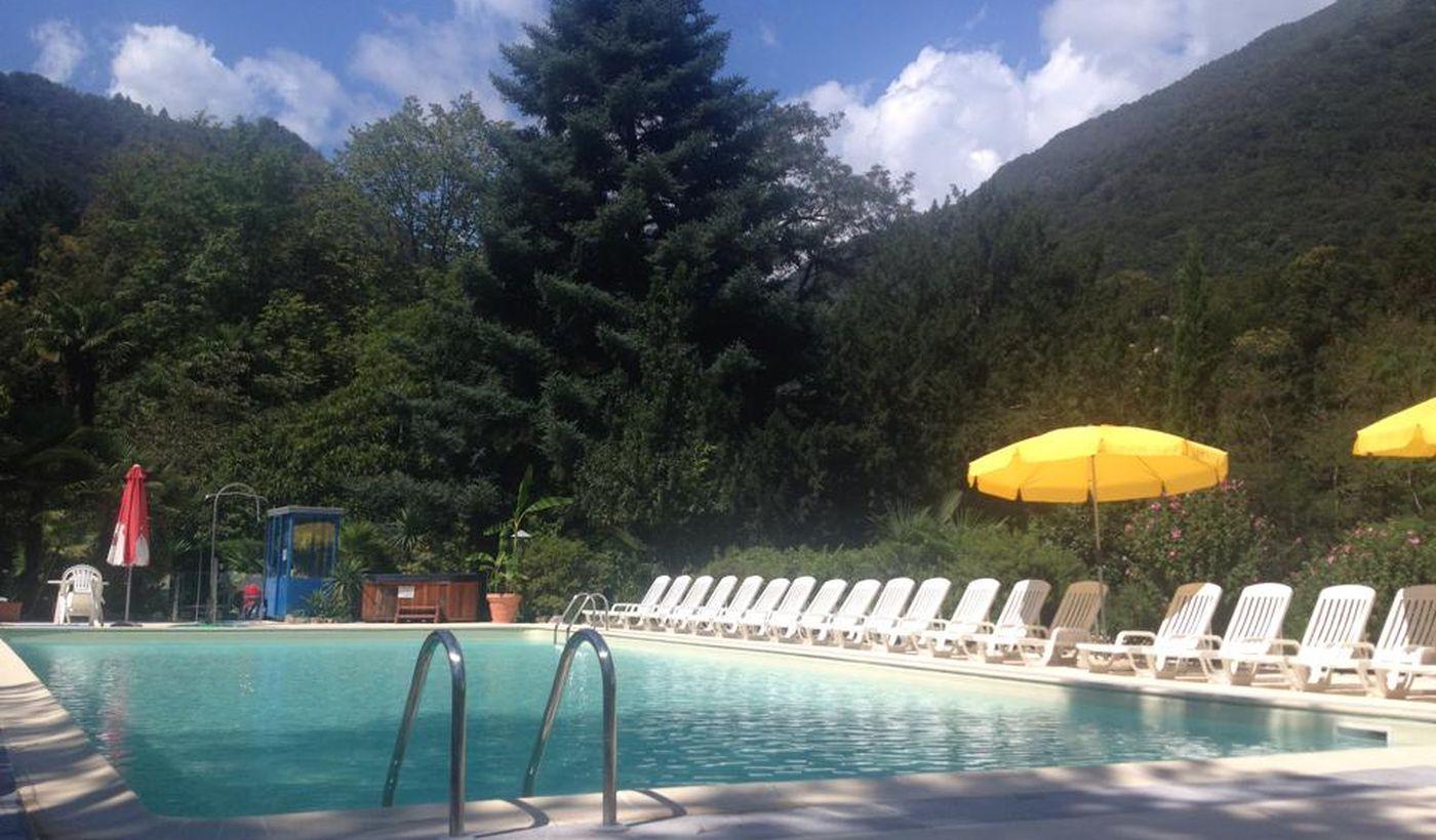 Feriendorf mit Pool am Lago Maggiore