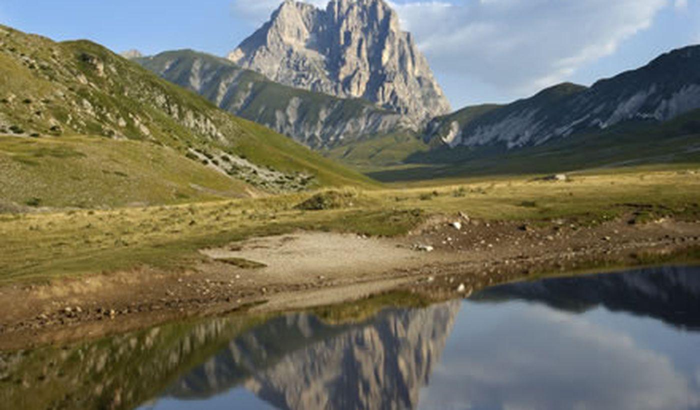 Villaggio nella Riserva Naturale del Borsacchio, Abruzzo