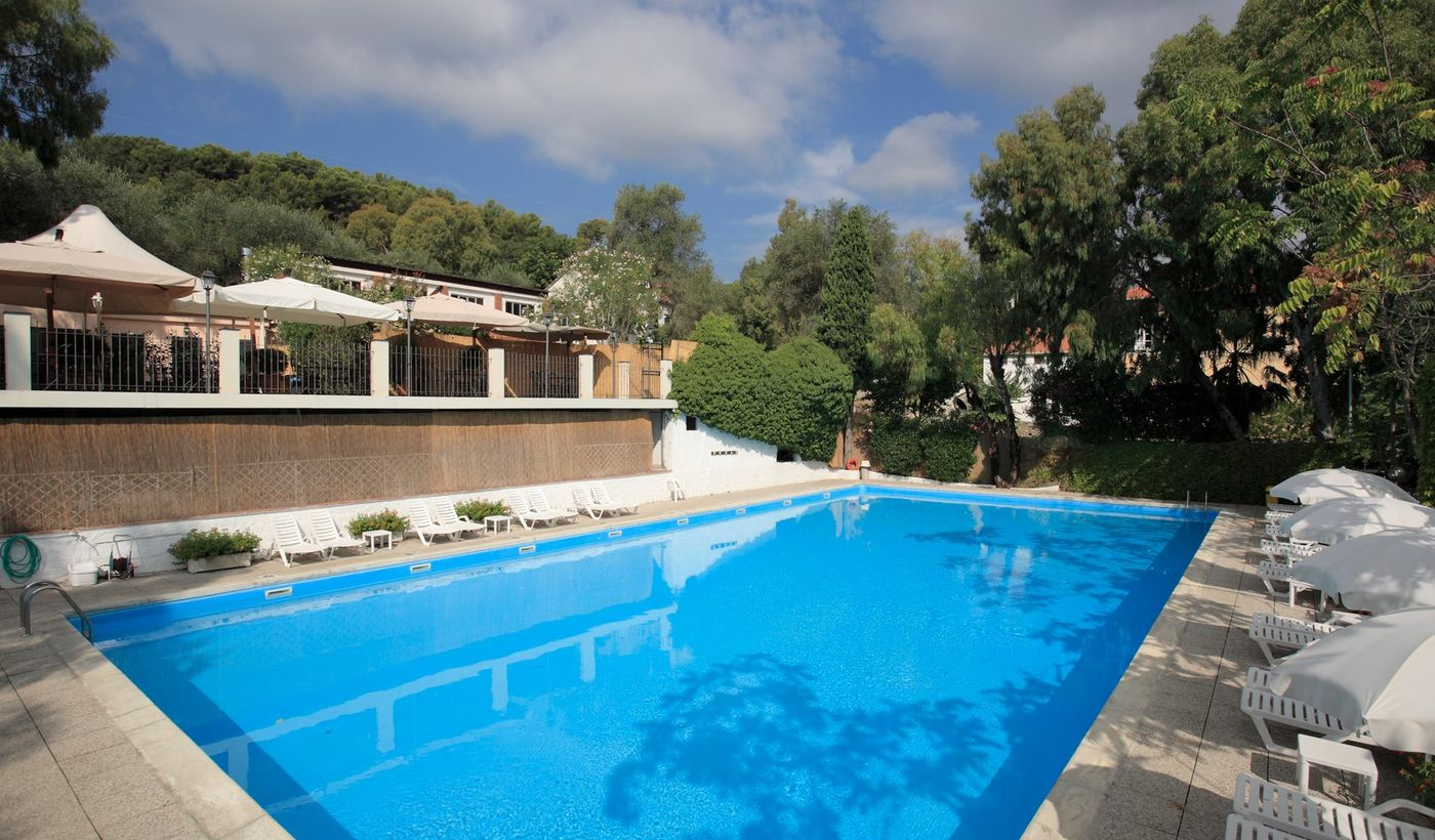Campingplatz mit Pool in Ligurien