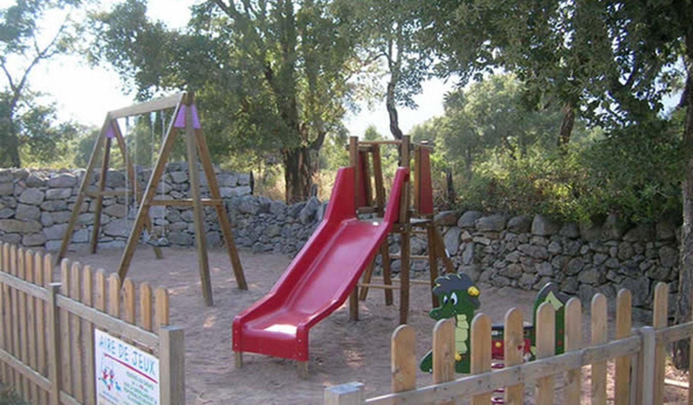 Jeux enfants du Camping Cupulatta