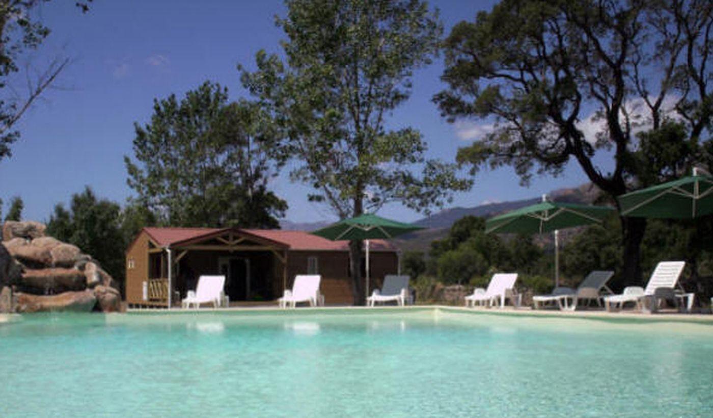 Camping avec piscine pour adultes et enfants