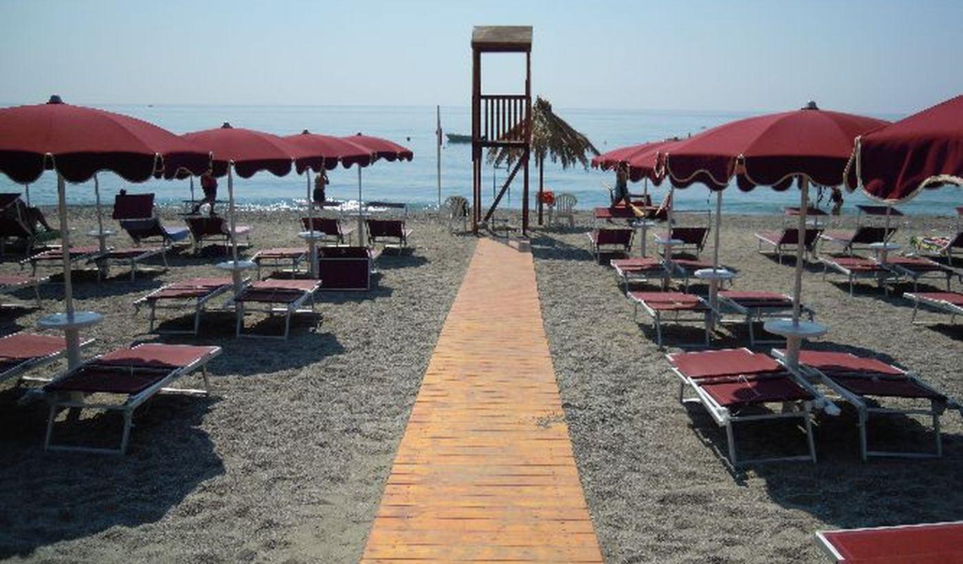 Camping con Spiaggia Privata in Sicilia