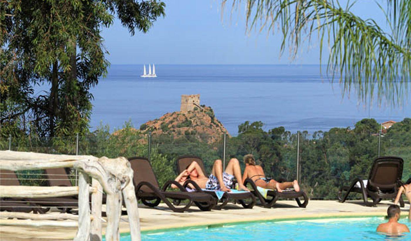 Camping avec Vue sur Mer en Corse