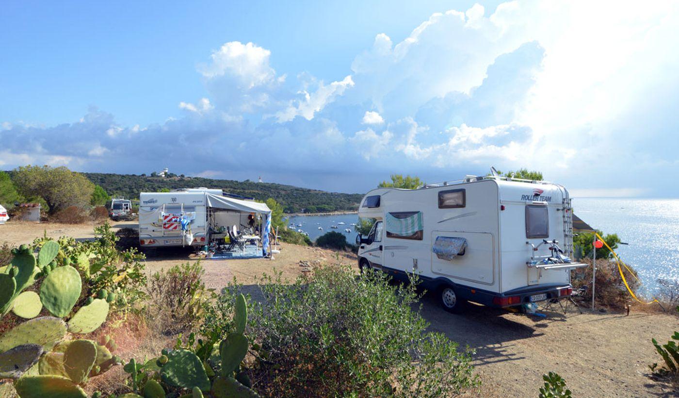 Camping avec Camper Aire de stationnement en Corse