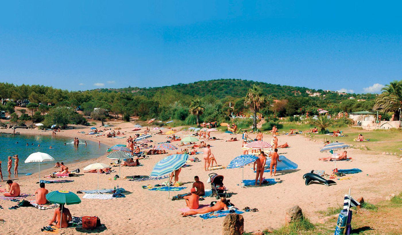 La plage naturiste