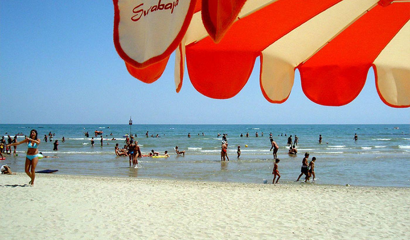 La Spiaggia del Camping Surabaja