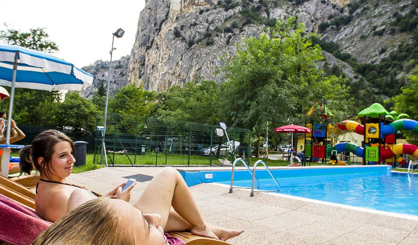 Camping with swimming pool in Arco, Trento