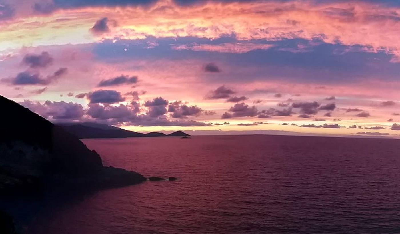 Tramonto sul mare a Rio nell'Elba