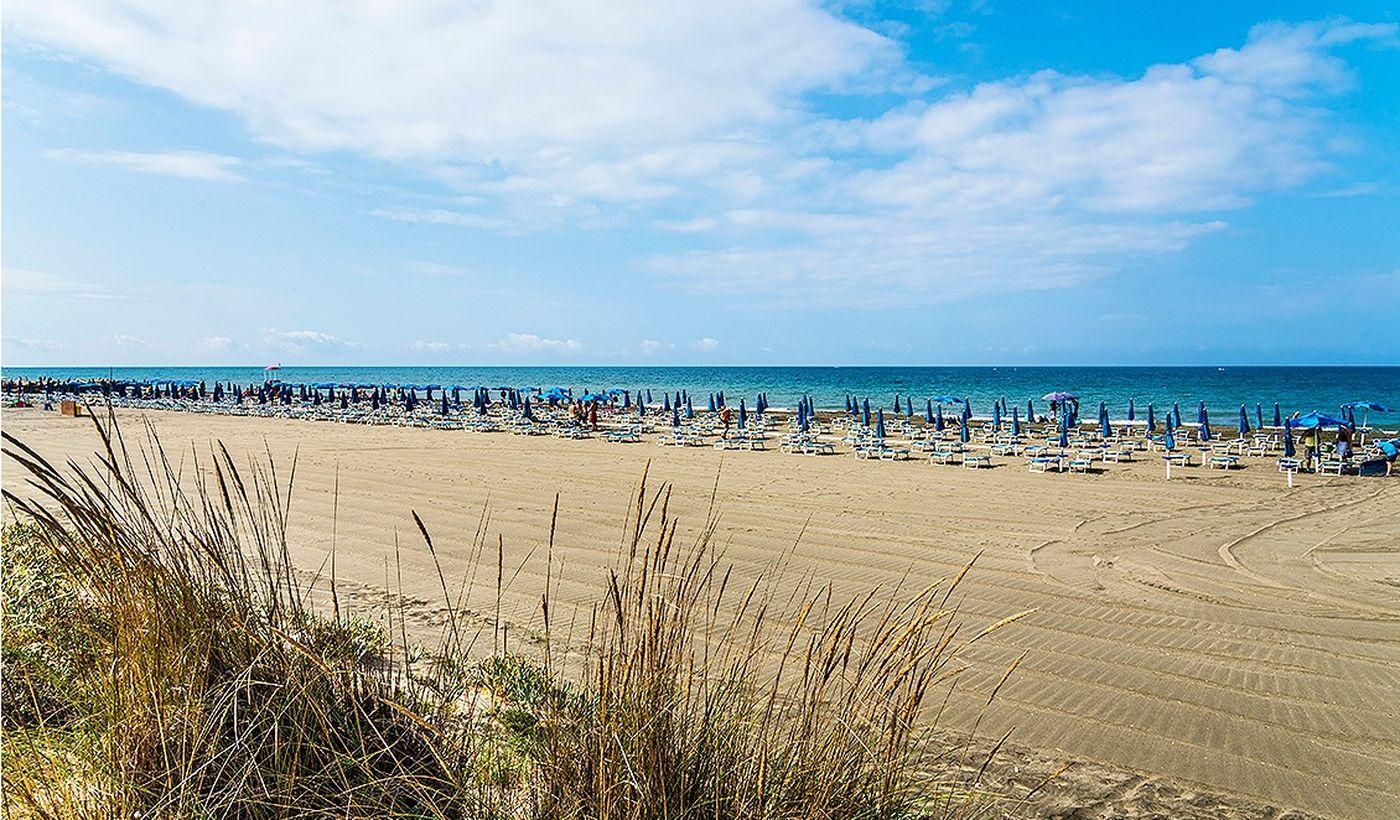 Camping Village con Spiaggia Privata a Tarquinia