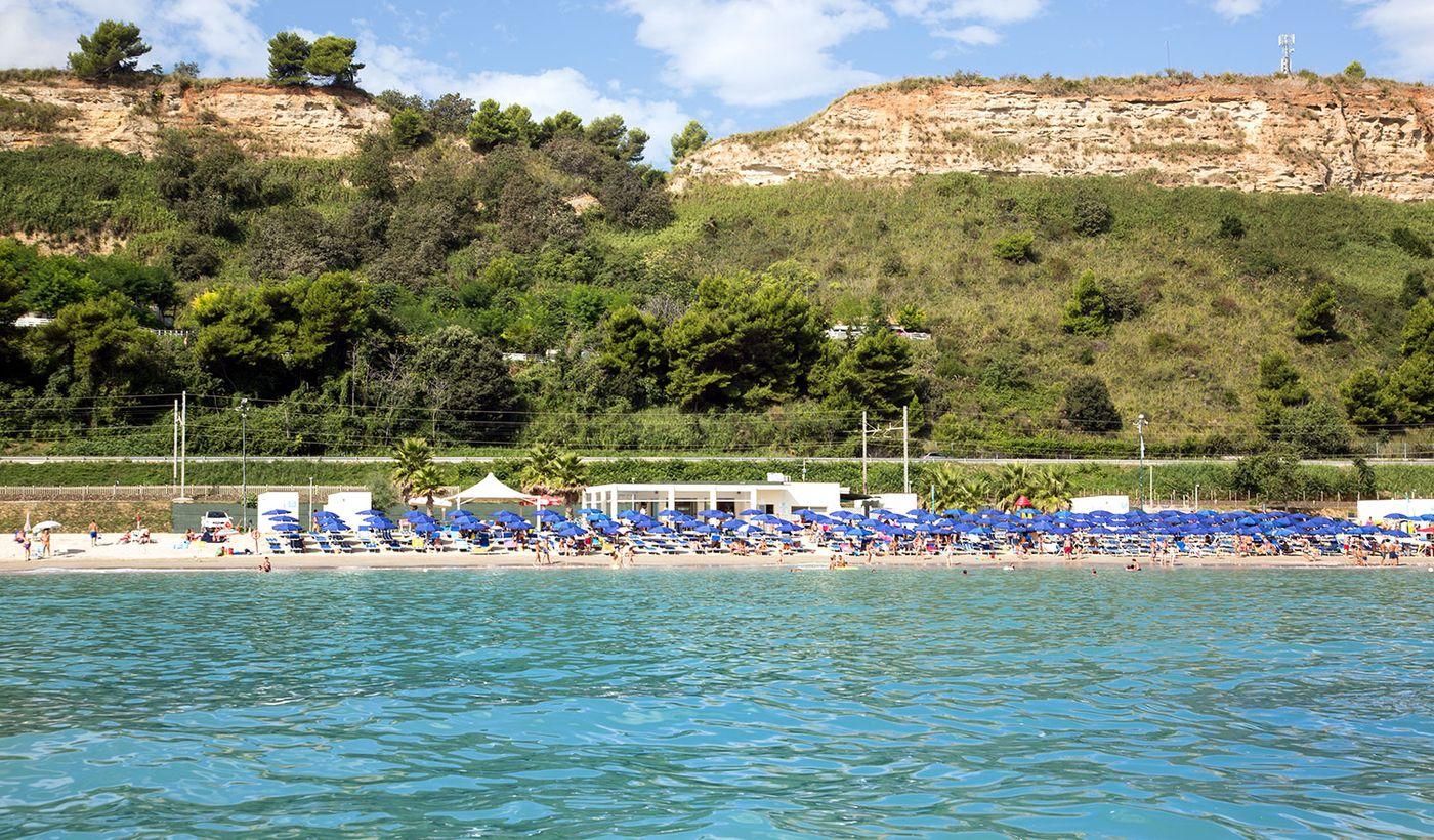Camping con Spiaggia Attrezzata nelle Marche