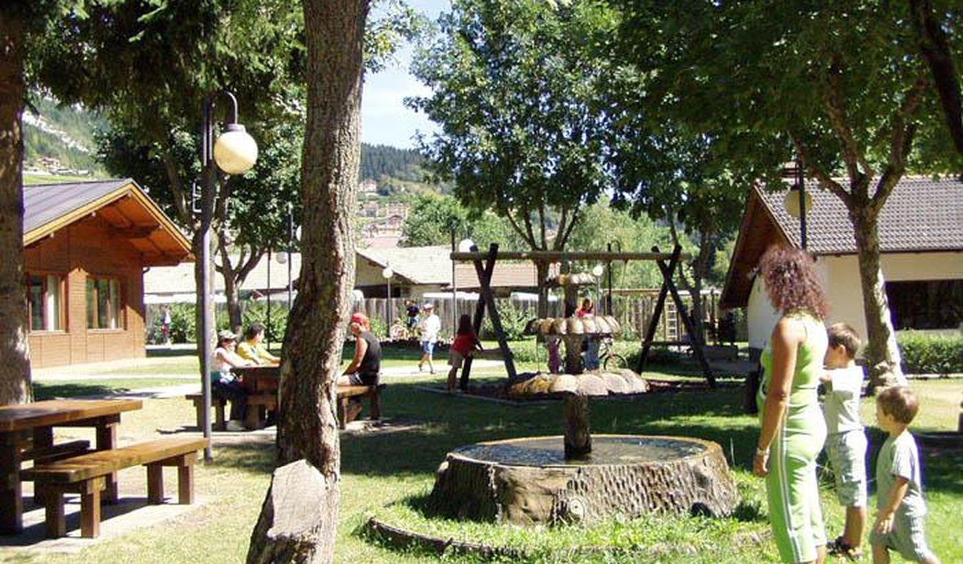 Camping Village per Famiglie sul Lago di Molveno
