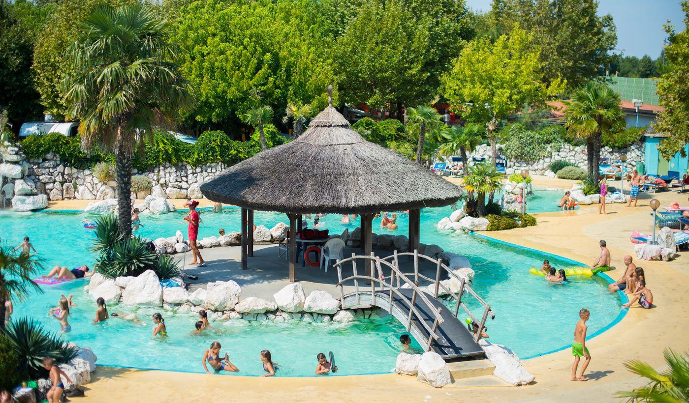 Tahiti Camping & Thermae Bungalow Park