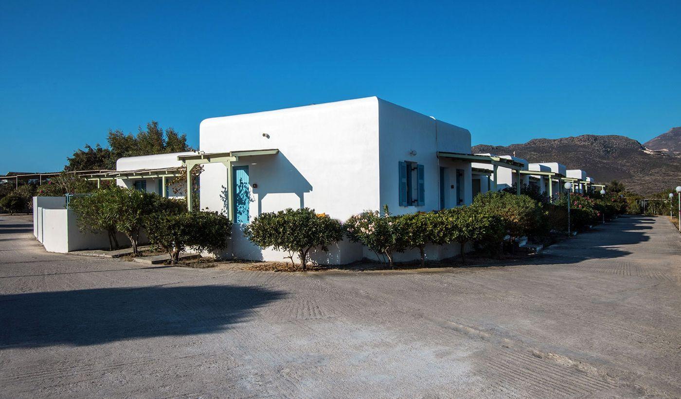 Milos Achivadolimni Hotel Bungalows & Camping