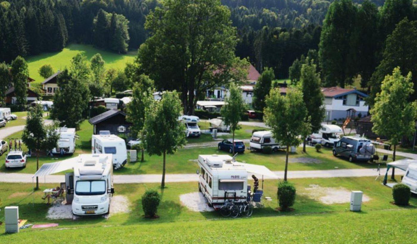 Camping MondSeeLand