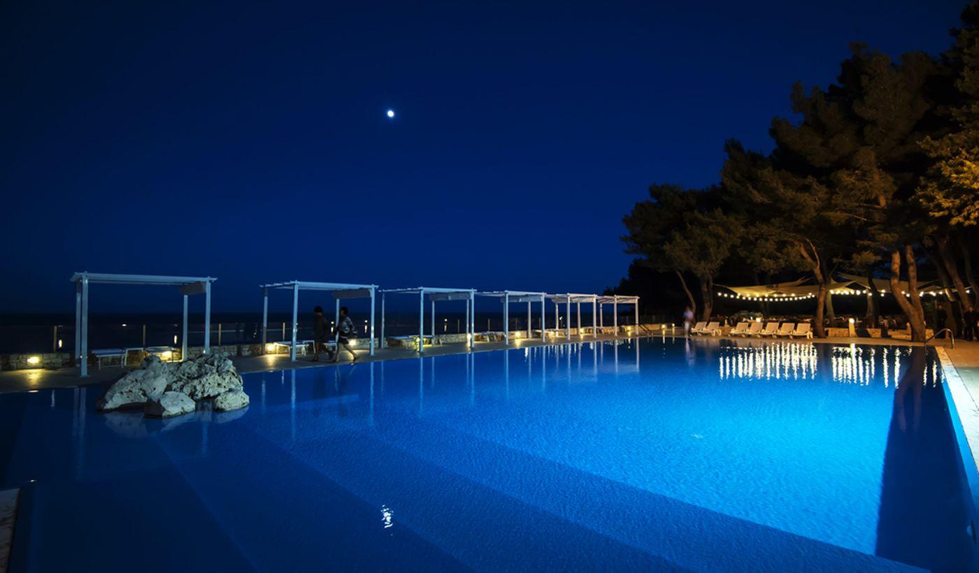 Camping Village con Piscina in Puglia