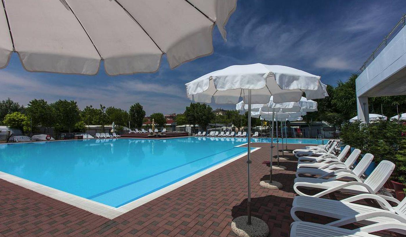 Campingplatz mit Pool in Sottomarina, Venetien