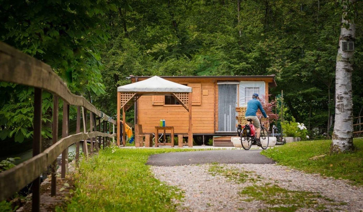 Wohnwagen in Tenno, Trentino-Südtirol