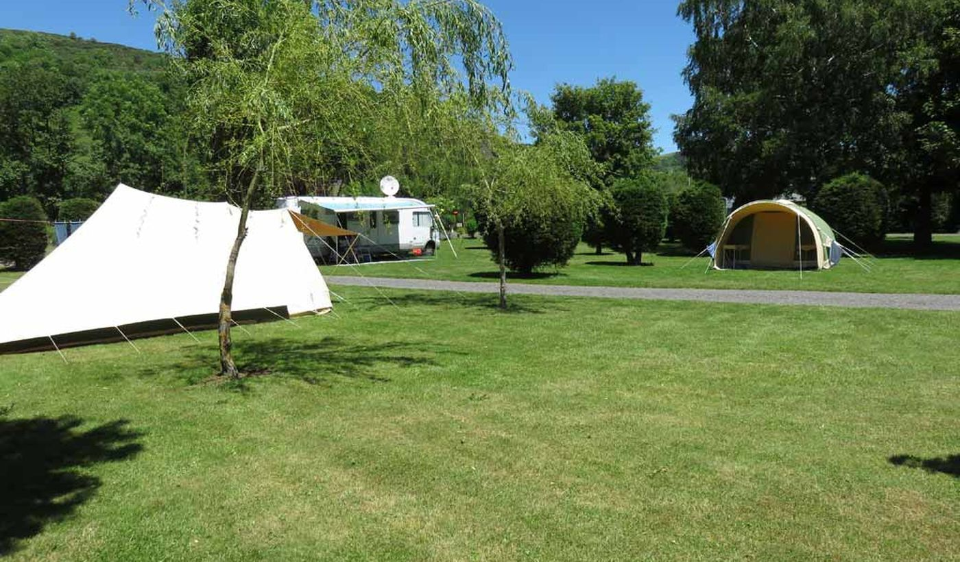 Camping les Bombes