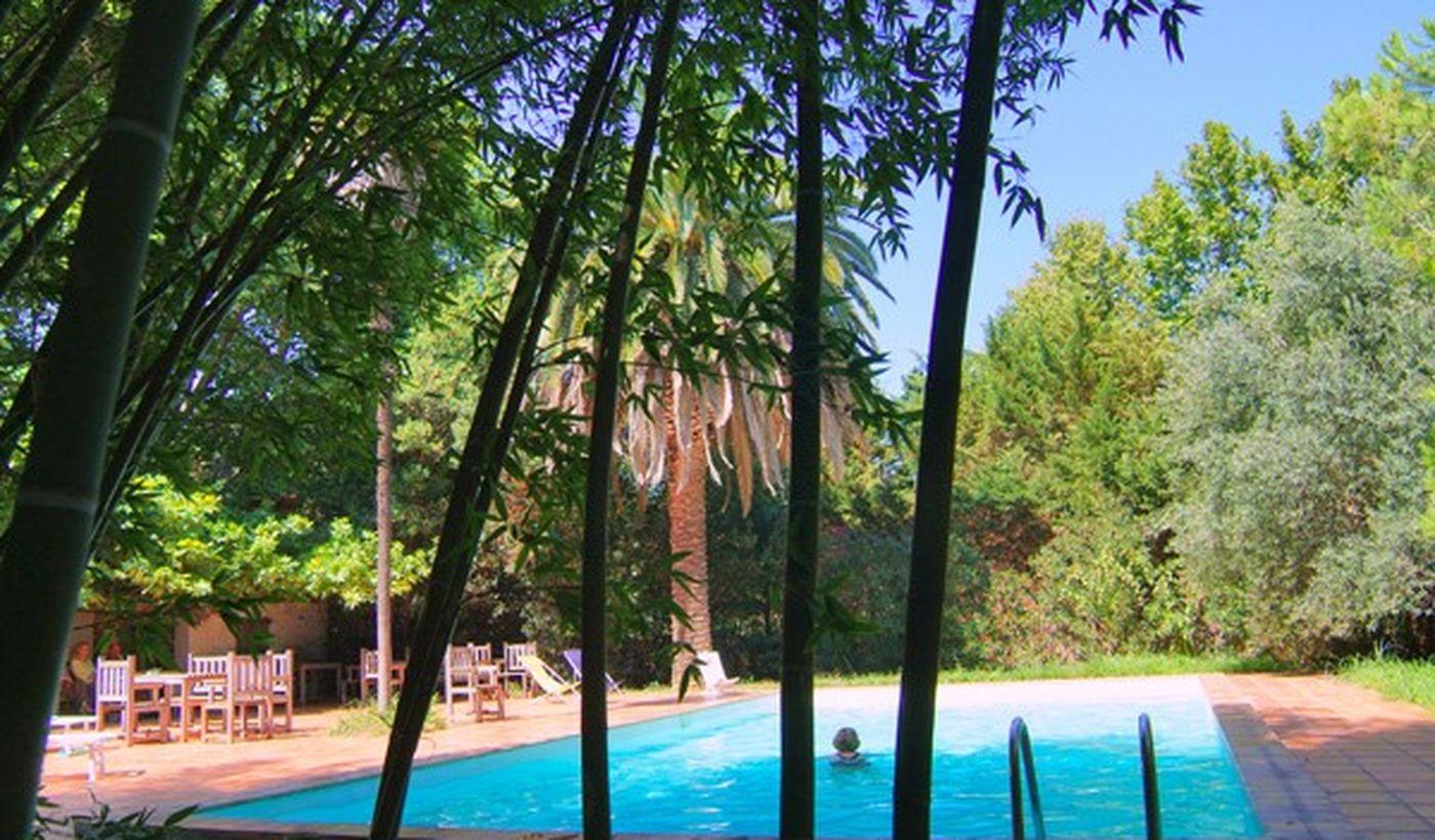 La piscine du Domaine du Mas Bazan