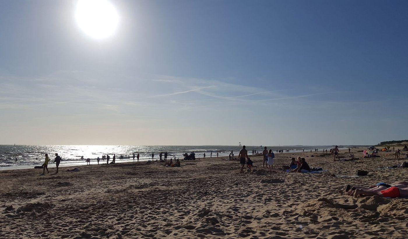 La plage près du Camping Aire Naturelle du Grand Pré