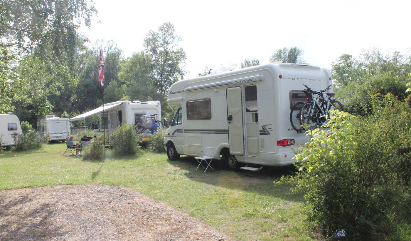 Les emplacements du Camping de la Croix Saint Martin
