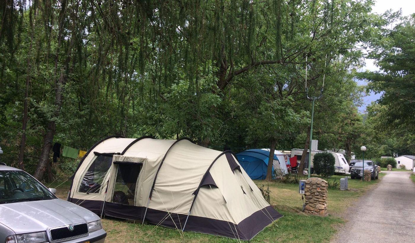 Emplacements du Camping L'Enclave